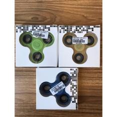 Rp 3.500. Cognos 3 Leaves Plastic Glow In The Dark Fidget Spinner Light Hand Toys Tri-Spinner EDC Ball Focus Game Lampu Random ...
