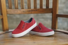 Harga Decks Shoes Medley Polos Red Online