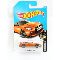 Hot Wheels '17 Nissan GTR R35 - oranye