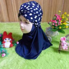 kembarshop - Jilbab Turban Anak Bayi 0-3 tahun Polka HitamIDR42900. Rp 42.900