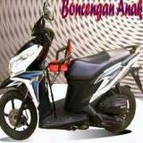 Harga Kursi Boncengan Bayi Polos Di Sepeda Motor Matic Satu Set
