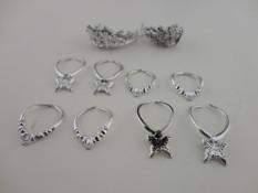 Sunnyshopa Kelompok 12 Pieces Perhiasan Di Perak Plastik 8 Kalung dan 4 Mahkota Terbuat untuk Sesuai Barbie boneka