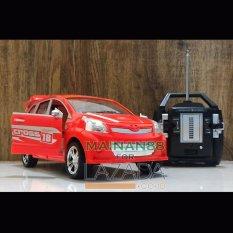 Top Speed RC Mobil Toyota Avanza Skala 1/16 - Multi Colour