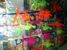 WSK Mainan gasing sepeda tarik