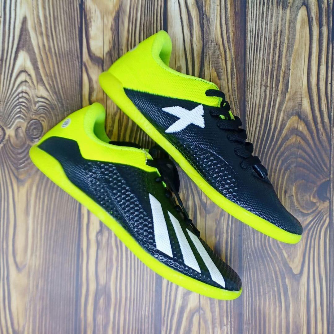 Sepatu Futsal Pria Terbaru High Quality Sol Kuat   Tahan Lama - (Bisa Bayar  Di a705864ebd