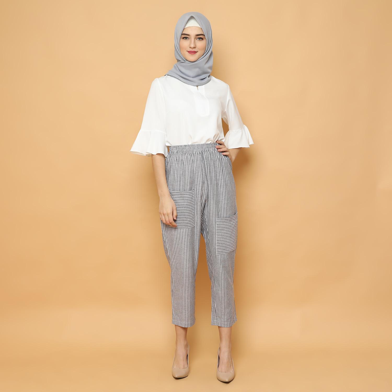 Hasil gambar untuk Cammomile Celana Wanita Kantong 2 Salur