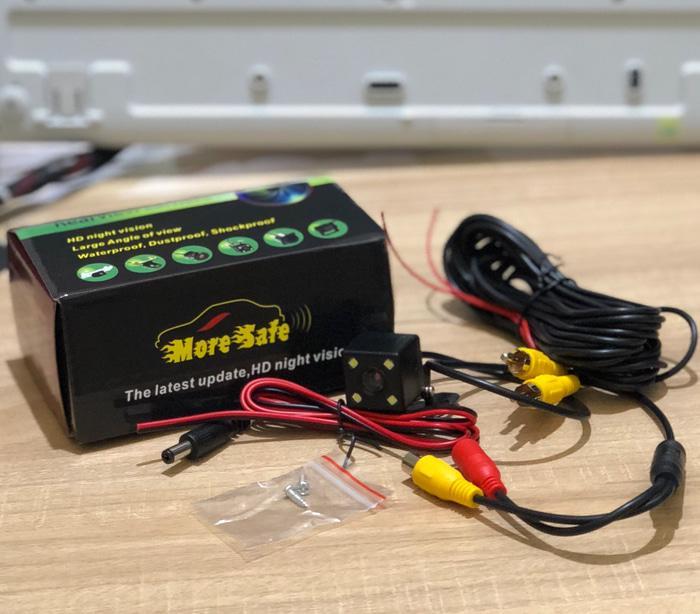 BEST SELLER / PROMO  Promo Paket Head Unit + Kamera Mundur, agya Avanza Xenia DHD 9818 / KMR-OA1968