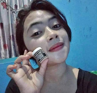 THE BEST PEMUTIH WAJAH GLOWING SUPER SPECIAL Cream SP Hitam Thailand Super UV Whitening Original thumbnail