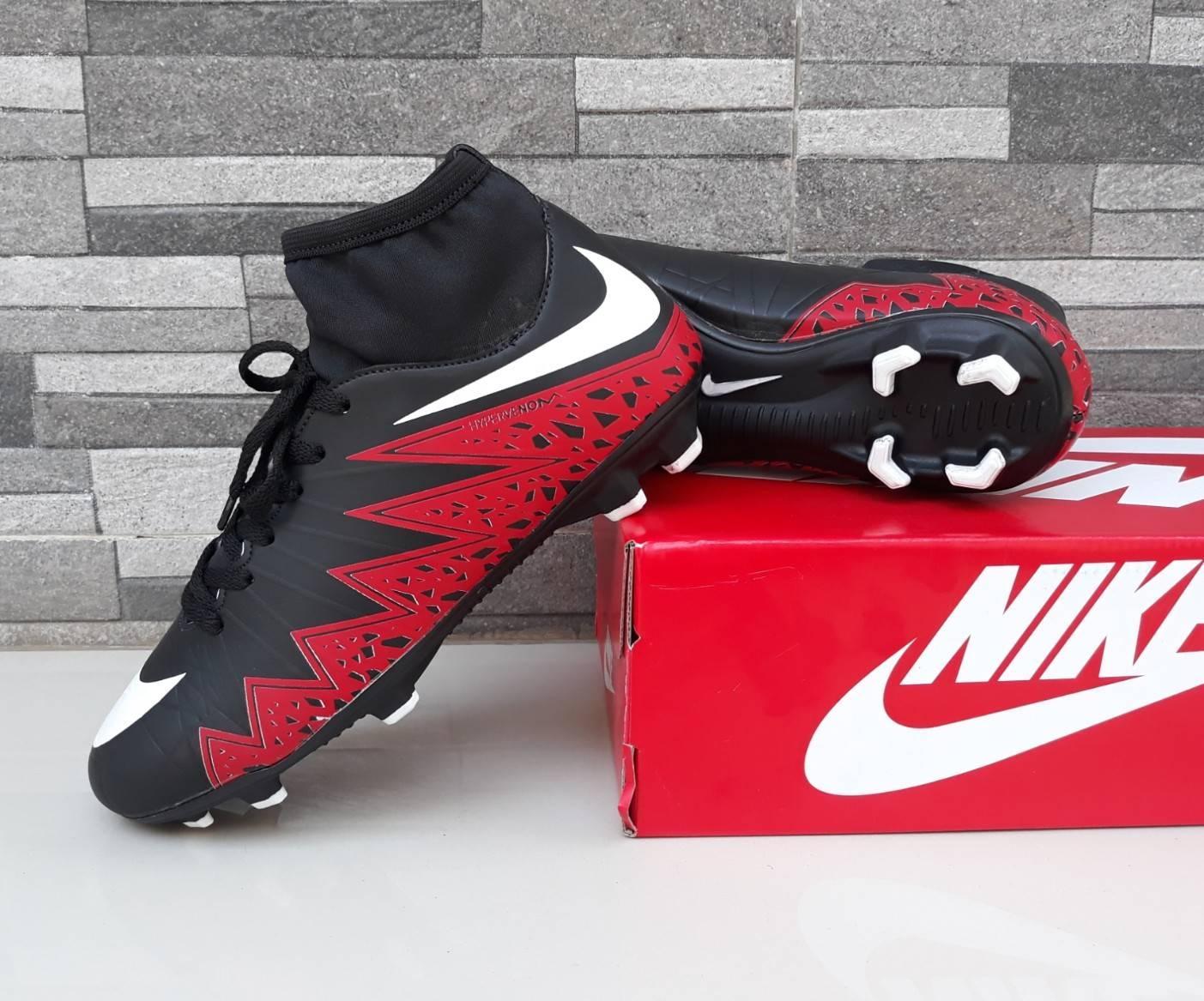 Sepatu Sepak Bola Nike_Hyperpenom Mercurial Predator Komponen Original Harga Promo