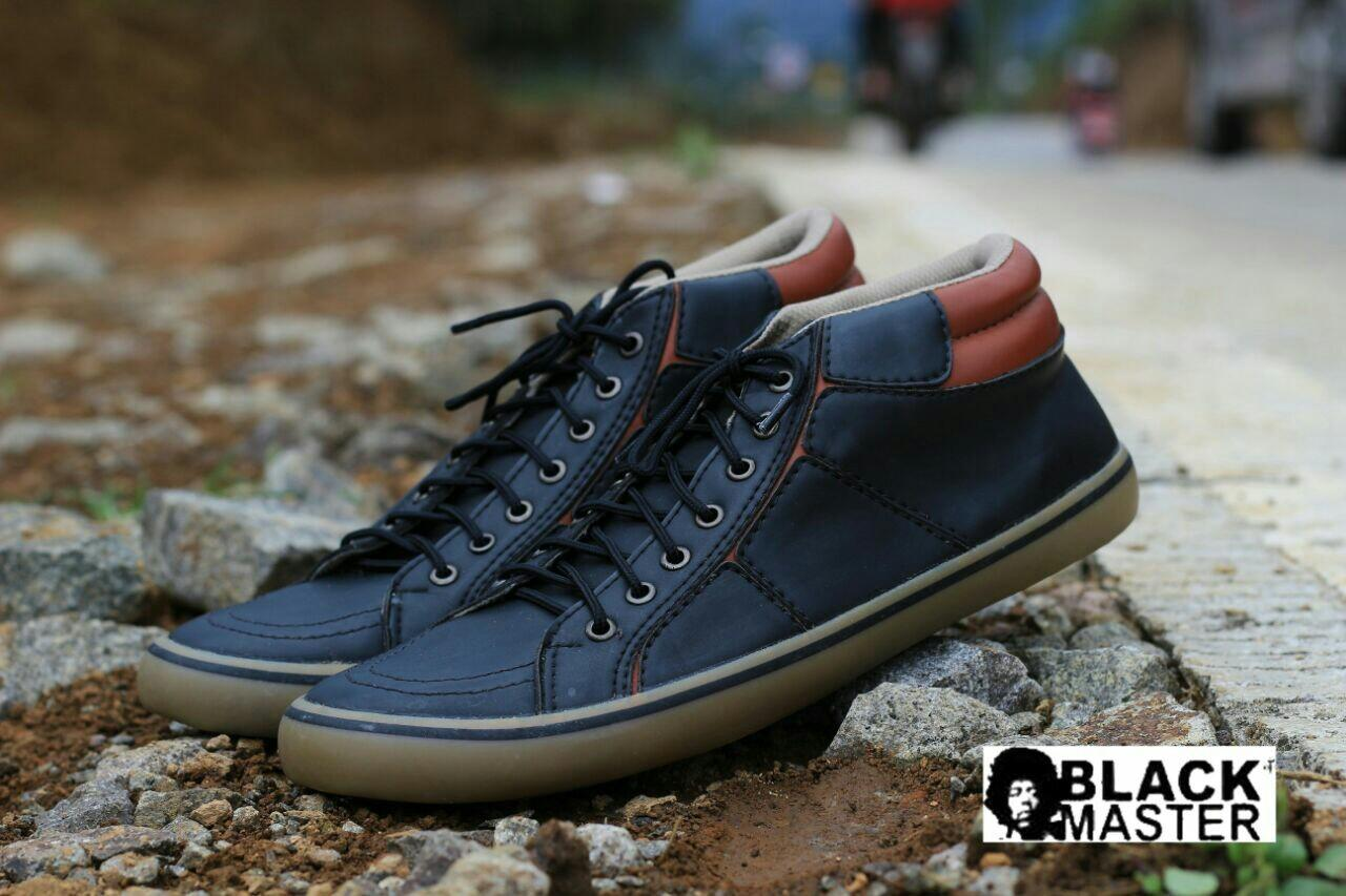 Sepatu Sneakers Pria Blackmaster Geox sepatu semi boots sepatu semi formal Sepatu Casual Pria Model Tali Semi Formal Handmade Pria Slip On Semi Pantofel Model Formal Sepatu formal resleting sepatu Pria