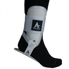 Active Ankle T2 Ankle Brace, Kaku Ankle Stabilizer untuk Perlindungan & Keseleo Dukungan untuk Bola Voli, Pemandu Sorak, Kawat Gigi Pergelangan Kaki Dipakai Kompresi Kaus Kaki atau Lengan untuk Stabilitas, Putih, B000BG1YG2-Intl