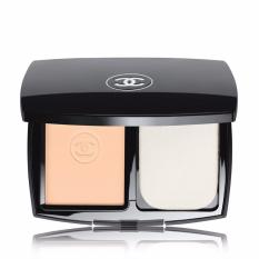 Chanel Le Teint Ultra Tenue Compact Foundation SPF 15 Beige 30