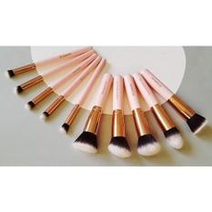 Kabuki Riasan Kuas Set-Foundation Bubuk Tersipu Malu Concealer Contour Brushes-Sempurna untuk Cairan, krim atau Produk Mineral-10 PC Koleksi dengan Brutik Sintetis Premium untuk Kosmetik Mata dan Wajah-Internasional
