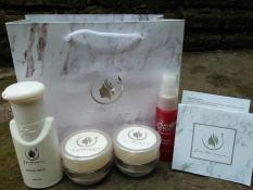 New  Im I m Qween Skincare - Paket Lengkap Acne Jerawat Sabun Cair 6c599230b3