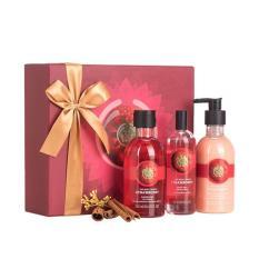The Body Shop Gift Box Trio Strawberry Promo Beli 1 Gratis 1