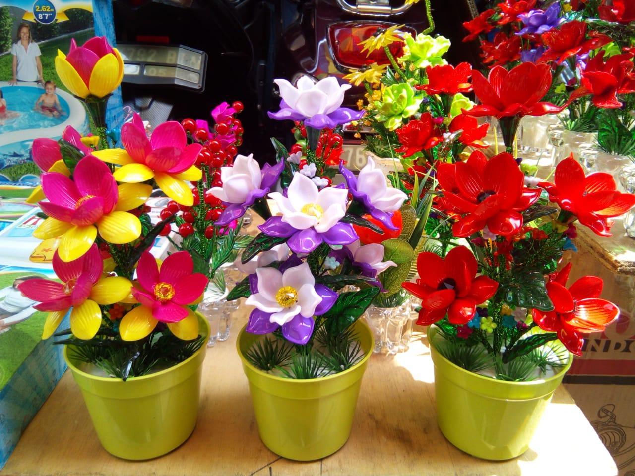 Bunga Hias Akrilik Bunga Mawar Rose Pot Bunga Hiasan Ruang Tamu Kantor Bunga Palsu Bunga Pajangan Bunga Artifisial Aksesoris Dekorasi Rumah Lazada Indonesia
