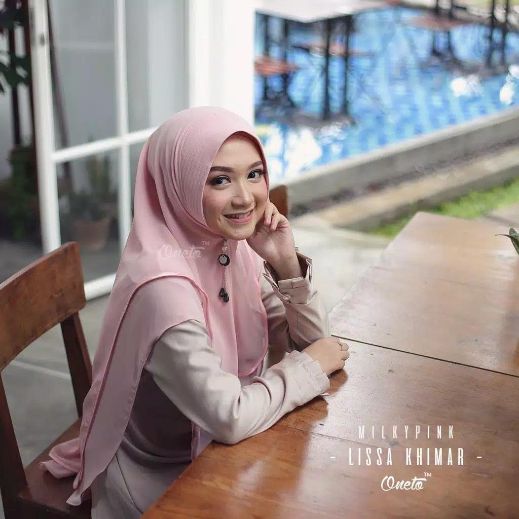 Hijab Jilbab Kerudung Instan Syari Khimar Bergo Model 2 Layer Bahan  Ceruti Terbaru Dan terlaris