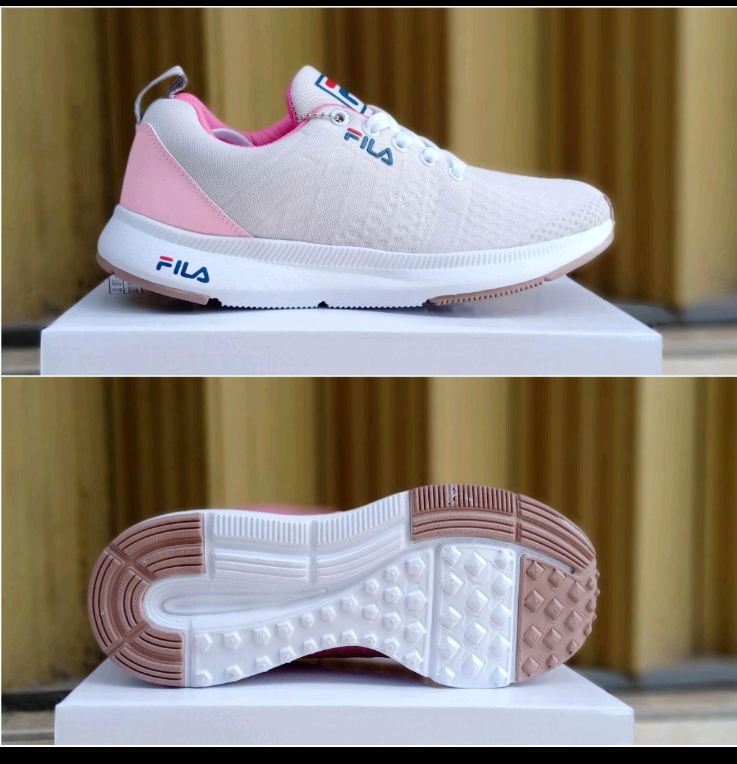 Jual Sepatu   Pakaian Olahraga FILA  8d0809c35e