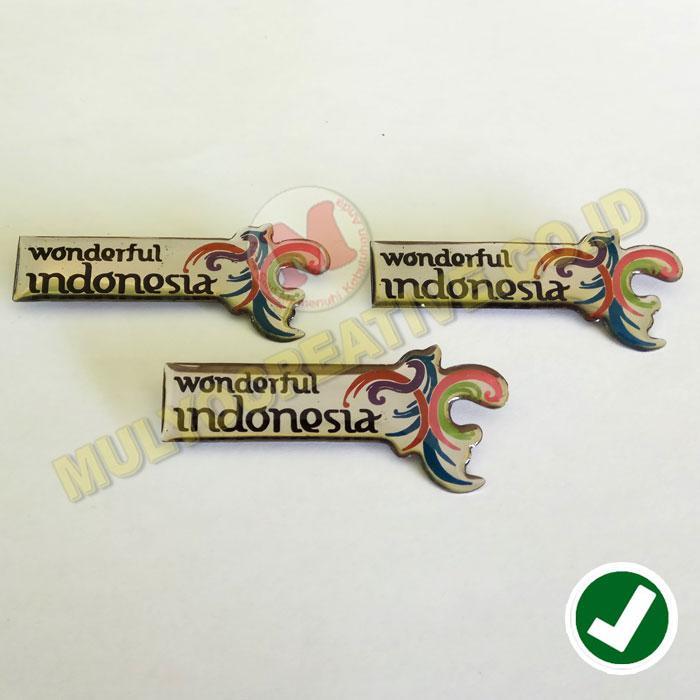 Emblem Wonderful Indonesia - Bros Logo Pesona Indonesia / 4pcs