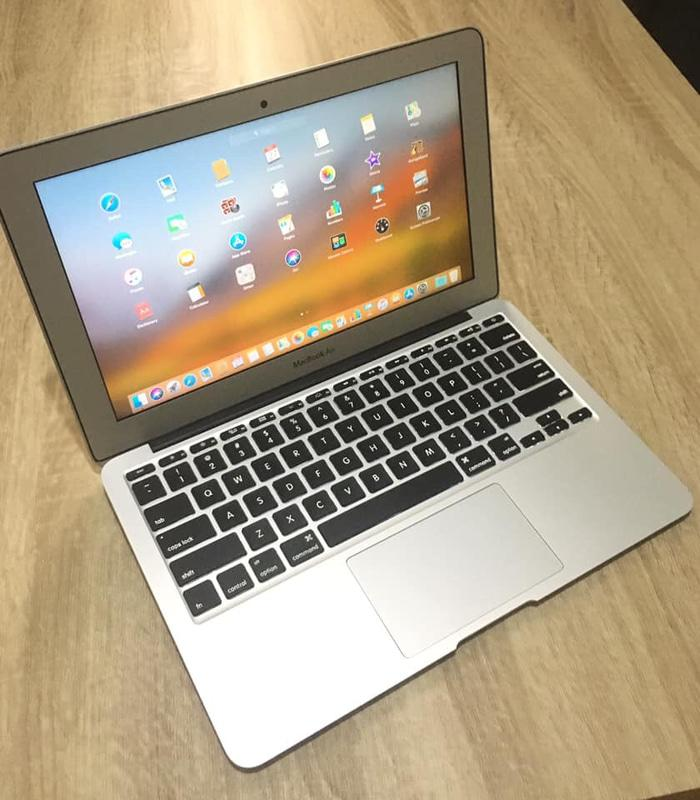 macbook air early 2015 11inch