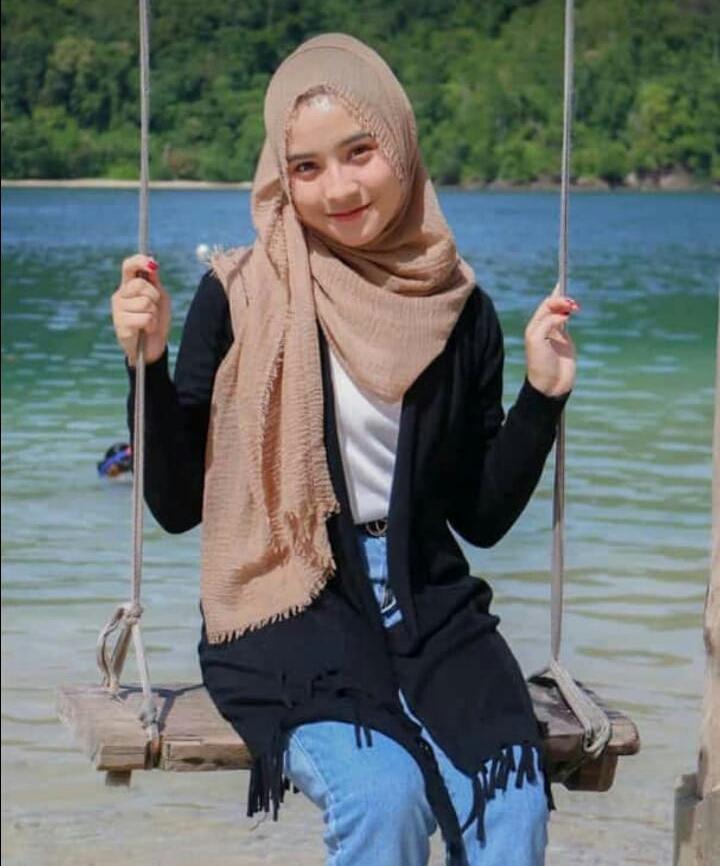 12 pc Hijab Pasmina Crinkle warna terlengkap / jilbab Pashmina Crinkle warna terlengkap