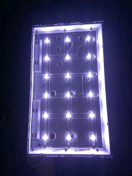 1 batang backlight toshiba 6 kancing 3 volt lampu led tv toshiba  32 inch 32 P1300VJ  32P 1400VJ  32 P2400VJ