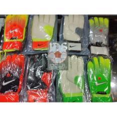 Sarung Tangan Kiper Bola Dan Futsal