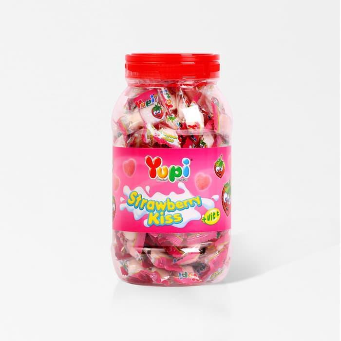 Yupi Strawberry Kiss Jar 300 Gr