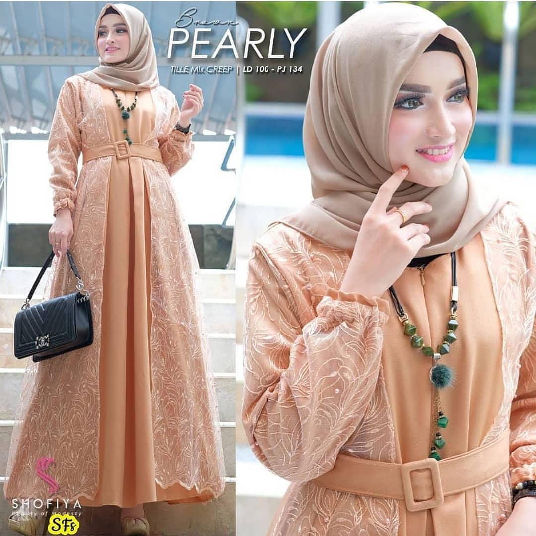 Pearly Maxy / Gaun Pesta / Gamis Feminim / Gaun Wanita Modern / Baju Kebaya / Gamis Wanita Terbaru / Gamis Syari / Gamis Remaja / Kebaya untuk Wisuda / Long Dress / Dress Wanita Muslim / Pakaian Muslim Wanita / Pakaian Muslim / Baju Muslim Wanita