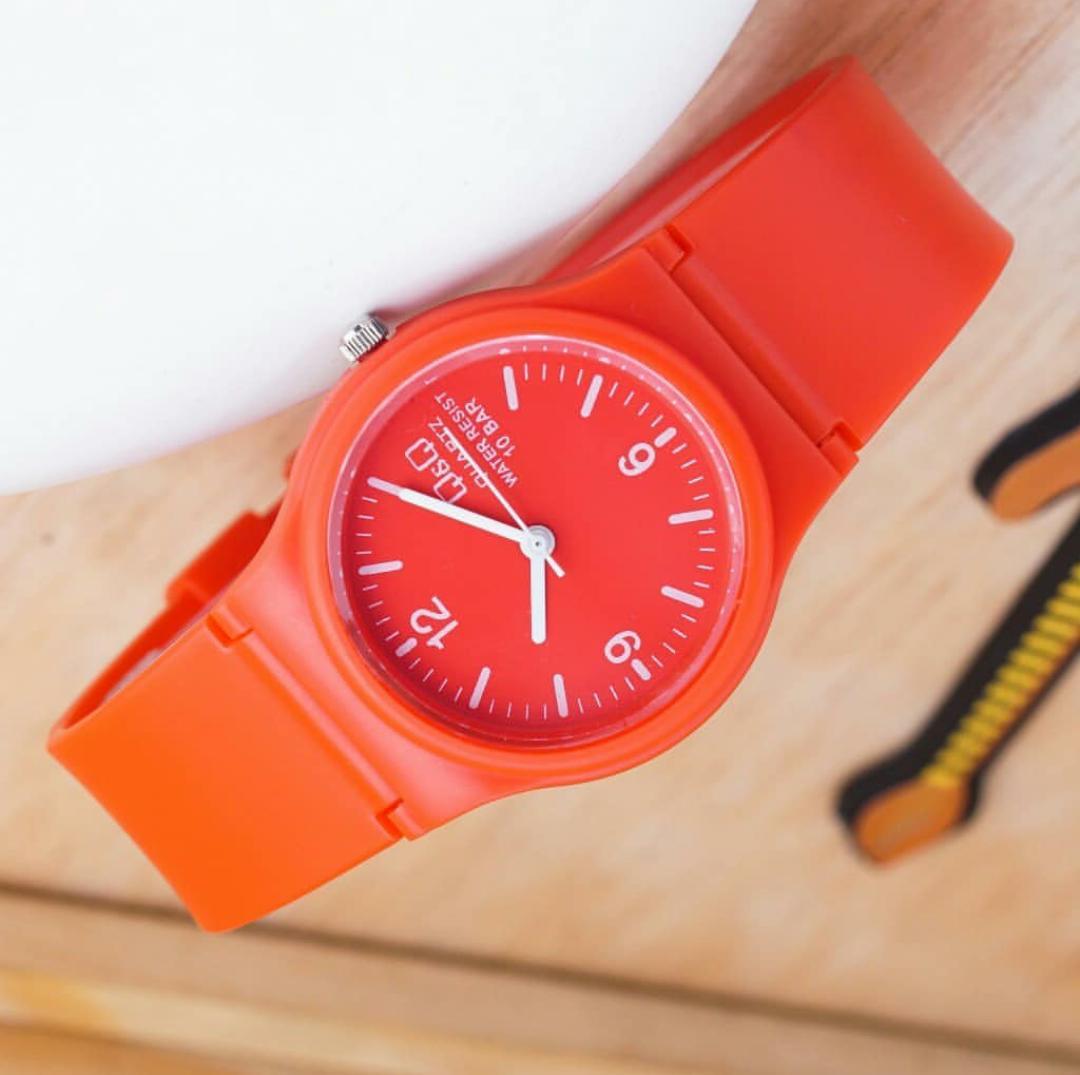 QQ Q&Q jam tangan wanita dan anak anak cewek desain sporty model casual fitur analog tali karet lentur / rubber strap special edition anti air Terbaru