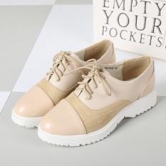 2017 Fahsion Gaya Sekolah Tua Oxfordlace-up Brogues Wanita Flat Sepatu Beige Kulit Imitasi + Kanvas Almond Toe- INTL