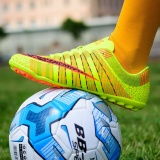Beli 2017 Men S Professional Soccer Shoes High Spike Football Shoes Athletic Training Shoes Green Intl Oem Online
