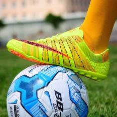 Jual Beli 2017 Men S Professional Soccer Shoes High Spike Football Shoes Athletic Training Shoes Green Intl Di Tiongkok