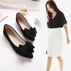 Arlaine Pita 020 Flat Shoes [Hitam]