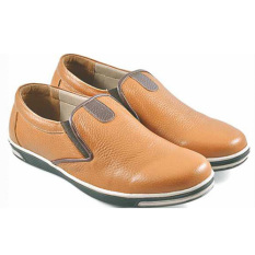 Ulasan Lengkap Azzura Sepatu Kulit Casual Pria 561 10 Coklat