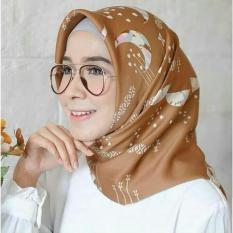 El Hijab Jilbab Segi Empat Maxmara Premium Bulan Bintang - Kerudung Jilbab Segi Empat Fashion Muslim Hijab Jilbab Segiempat Syari Khimar Motif Pashmina Motif Bulan Bintang Hijab Modern Hijab Kekinian Hijab Daily Selebgram Hijab Pesta