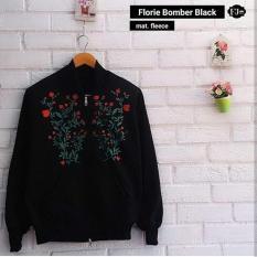 Katalog Baju Original Jaket Florie Boomber Fleece Luaran Hangat Simple Atasan Wanita Casual Bandung Modern Trendy Warna Black Terbaru