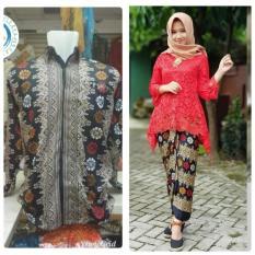 Baju Pasangan / Couple Kebaya Brukat Monalisa ( No Pasmina) + Batik Pria Lengan Panjang Warna Merah ( No Pasmina)