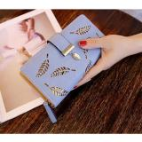 Beli Baru Ladies Dompet Panjang Ayat Fashion Tangan Casing Hollow Daun Ritsleting Gesper Dompet Biru Online