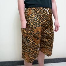 Batik Halus -  Celana Pendek Batik Betawi Boim Dewasa Jumbo