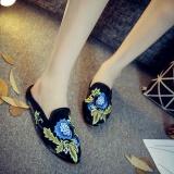 Harga Beijing Tua Baru Satin Bordir Sepatu Kain Wanita Sepatu Hitam Oem