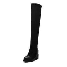 Berat itu meningkat dalam sepatu yg tingginya di atas lutut boots wanita (Hitam)