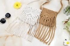 【Big discount】 The handicraft weave wraps to revive Ladies' single shoulder bag Retro style (WHITE) - intl