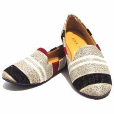 Binev Sepatu Slip On Develop Wanita 01 Multicolor Binev Diskon 30