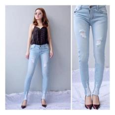 BNTG-Celana Jeans Ripped Cewek Motif Sobek.