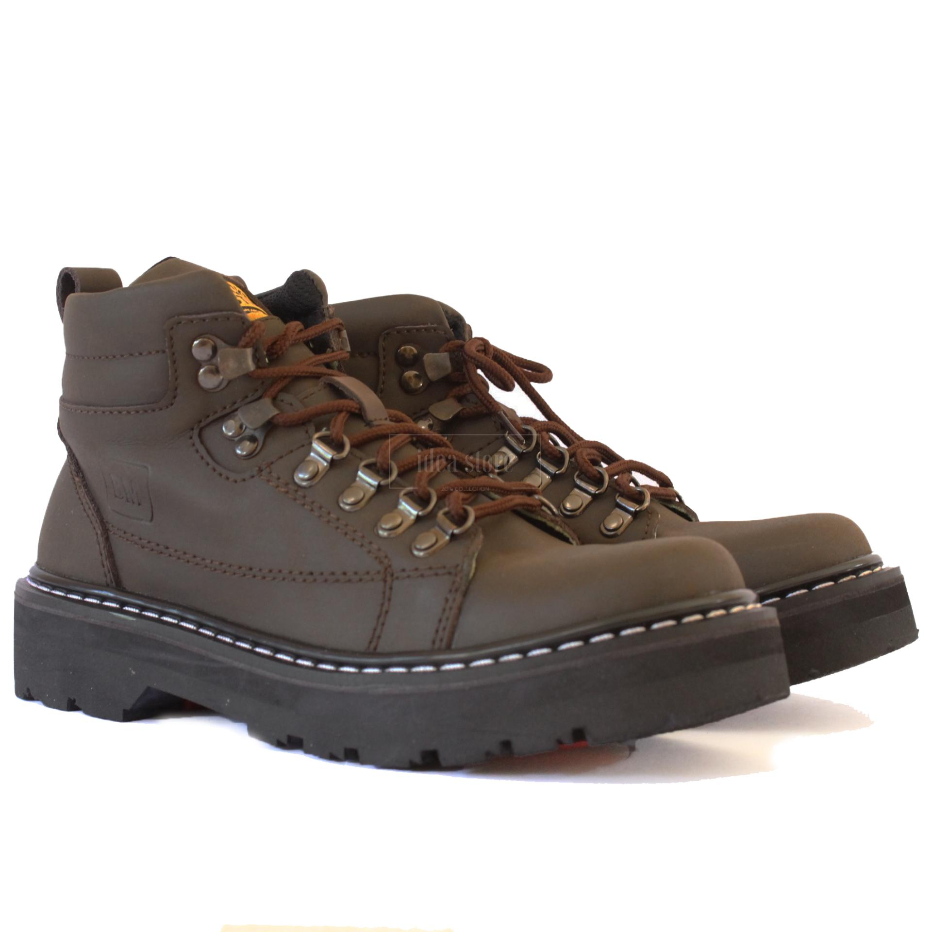 Black Master Boots Explorer Chocolate