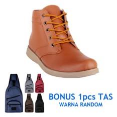 Obral Blues Footwear Sepatu Pria Semi Boot 01 Tan Bonus Tas Murah