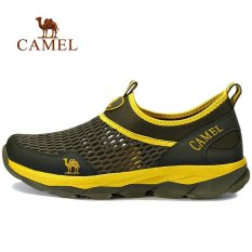 Camel Outdoor Musim Panas Pria Mesh Walking Sepatu Slip-On Ringan Warna Tentara Hijau-Intl