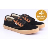 Beli Catenzo Sepatu Kets Canvas Pendek Hitam Low Cut Sneakers Black Brown Kredit