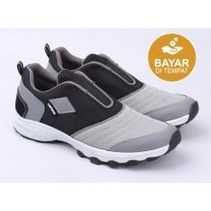 Toko Catenzo Sepatu Lari Pria At 111 Black Grey Dekat Sini